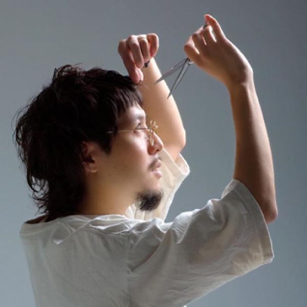 鈴木宏次郎写真
